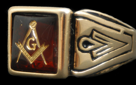 http://nsemblems.site.aplus.net/nsw-images/mason/rings/red_mason_ring.jpg